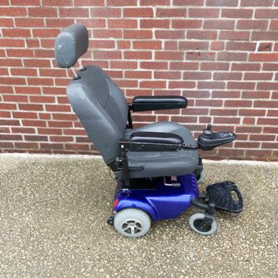 Golden Buzzaround Alante jr - Power Wheelchair - right side