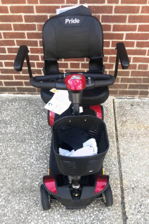GoGo Elite Traveller mobility scooter - front view