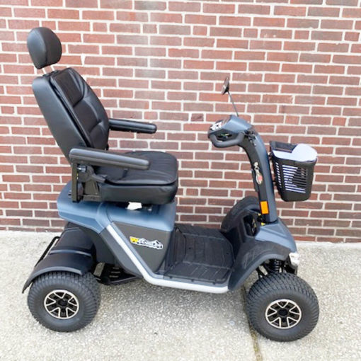 Wrangler - 4 Wheel mobility scooter - right side