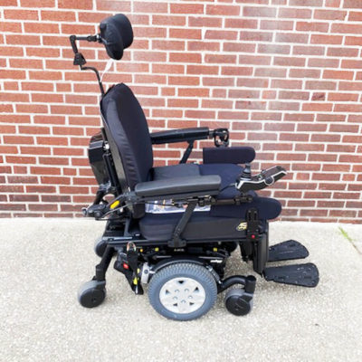 Quantum Q6 Edge HD Power Wheelchair - right side
