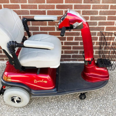 Rascal 600 mobility scooter with seat lift - right side