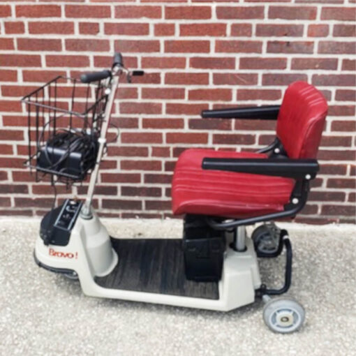 Bravo 434 mobility scooter - left side view