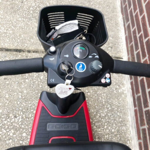 Ultra X mobility scooter - tiller control