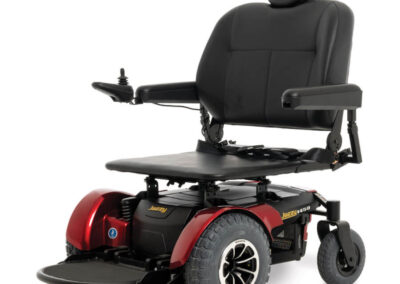 Jazzy 1450 - red - angled left - flat seat
