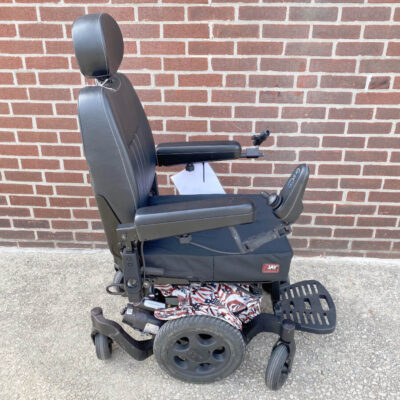 Quickie Pulse 6 Power Wheelchair with American flag shroud- right side view