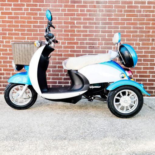 EWheels EW-11 Scooter - three wheel - Blue - left side view