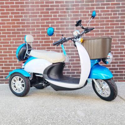 EWheels EW-11 Scooter - three wheel - Blue - three quarter view