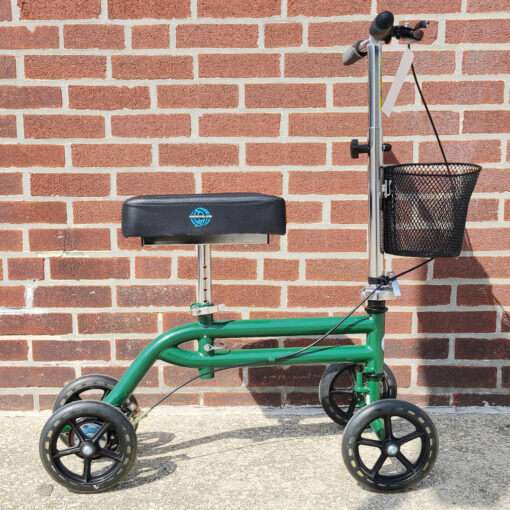 Kneerover Steerable Knee Scooter - manual aid - in Green - Right side