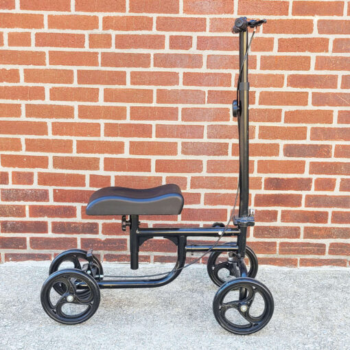 Kneerover Steerable Knee Scooter - manual aid - in Black - Right side view